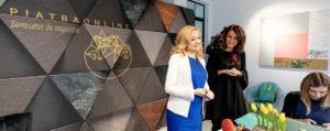 [Capital.ro] Antreprenoarea care vinde piatră pe internet se extinde în franciză